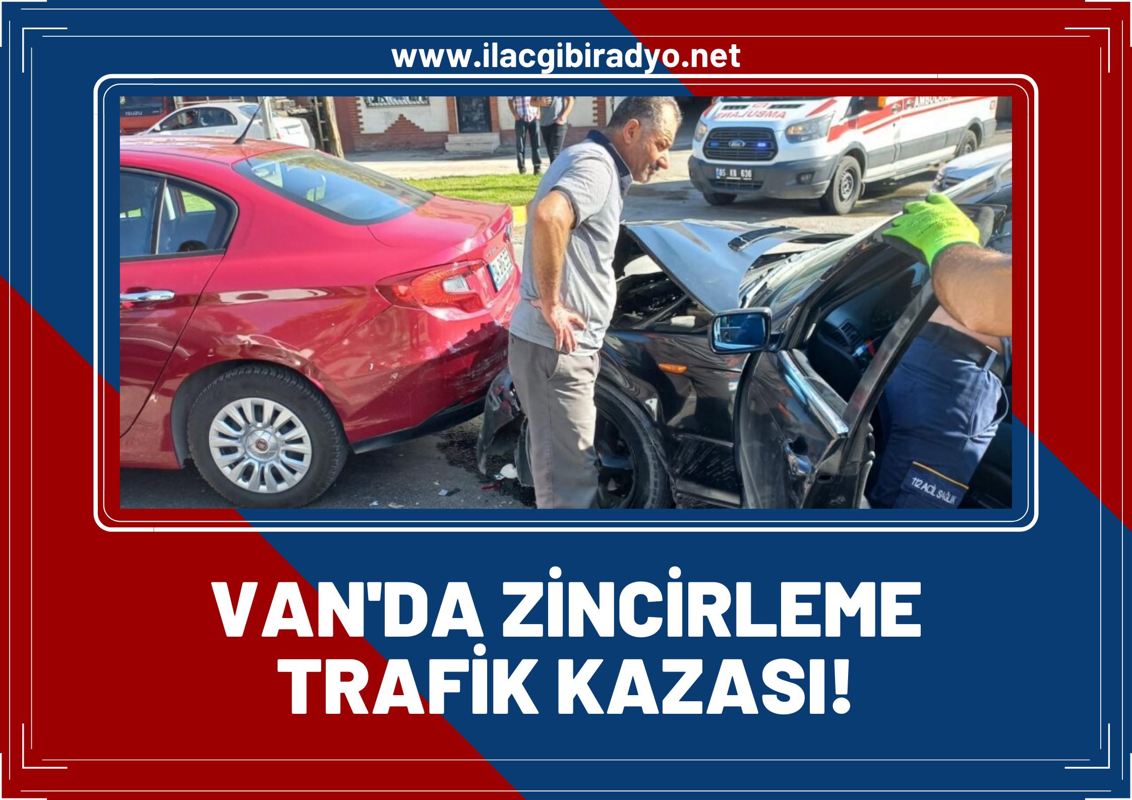 Van'da zincirleme trafik kazası! 4 araç birbirine girdi:1 yaralı