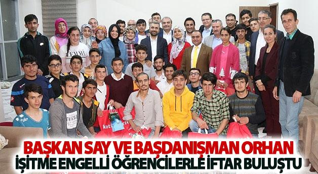 Başkan Say işitme engelli öğrencilerle iftar buluştu