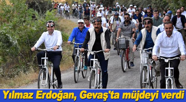 Yılmaz Erdoğan, müjdeyi Vizontele'nin çekildiği yerden verdi