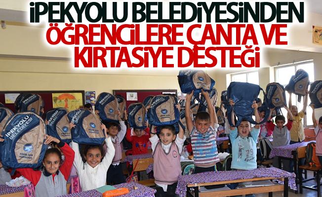 İpekyolu Belediyesinden öğrencilere çanta ve kırtasiye desteği