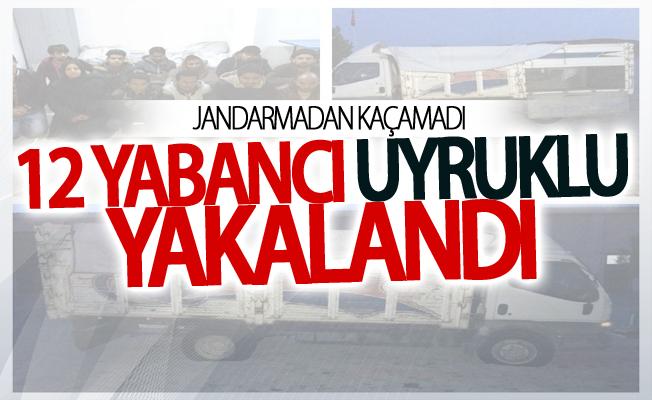 Muradiye'de 12 yabancı uyruklu yakalandı
