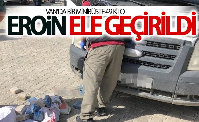 Van'da bir minibüste 49 kilo eroin ele geçirildi